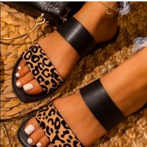 Shoes - 💕 Leopard and Black Double Strap Slip On Sandals